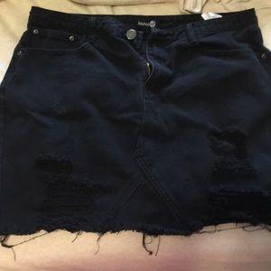 Boohoo Distressed Black Skirt